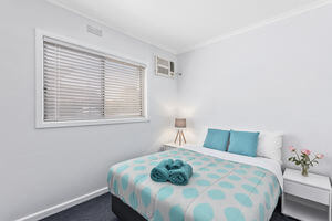 Wattle Grove Villa Accommodation Maryborough Victoria | Wattle Grove Motel